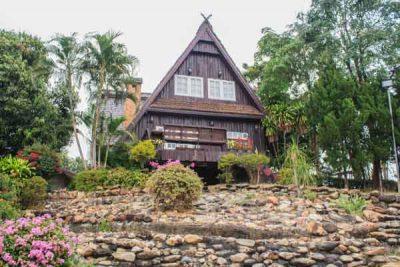 buying houses land thailand